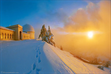 LH0003_Gold Snow Sunset